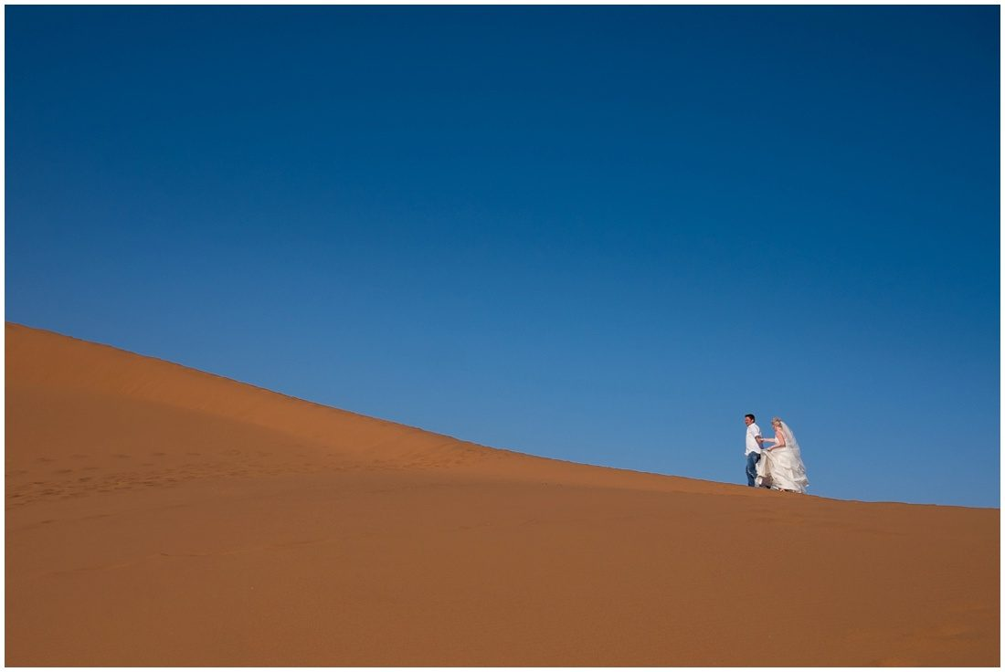 namibian wedding marienthal - rory & christa bride & groom sossusvlei-1