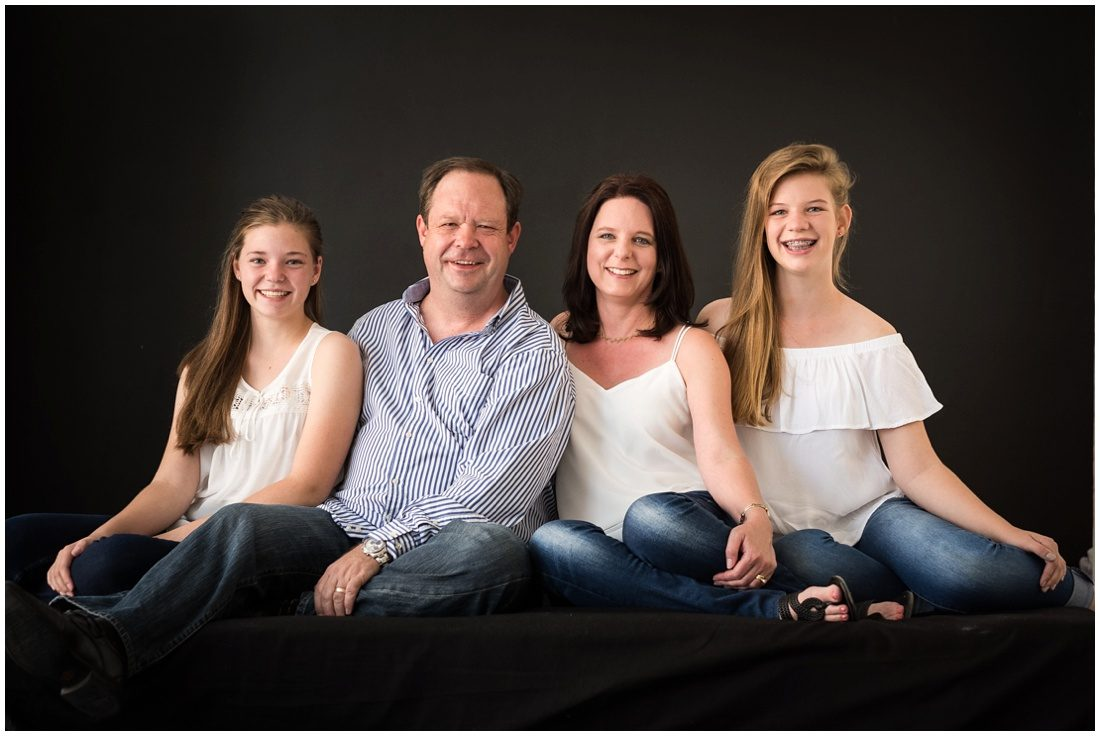 garden-route-mossel-bay-studio-and-beach-family-portraits-joubert-1