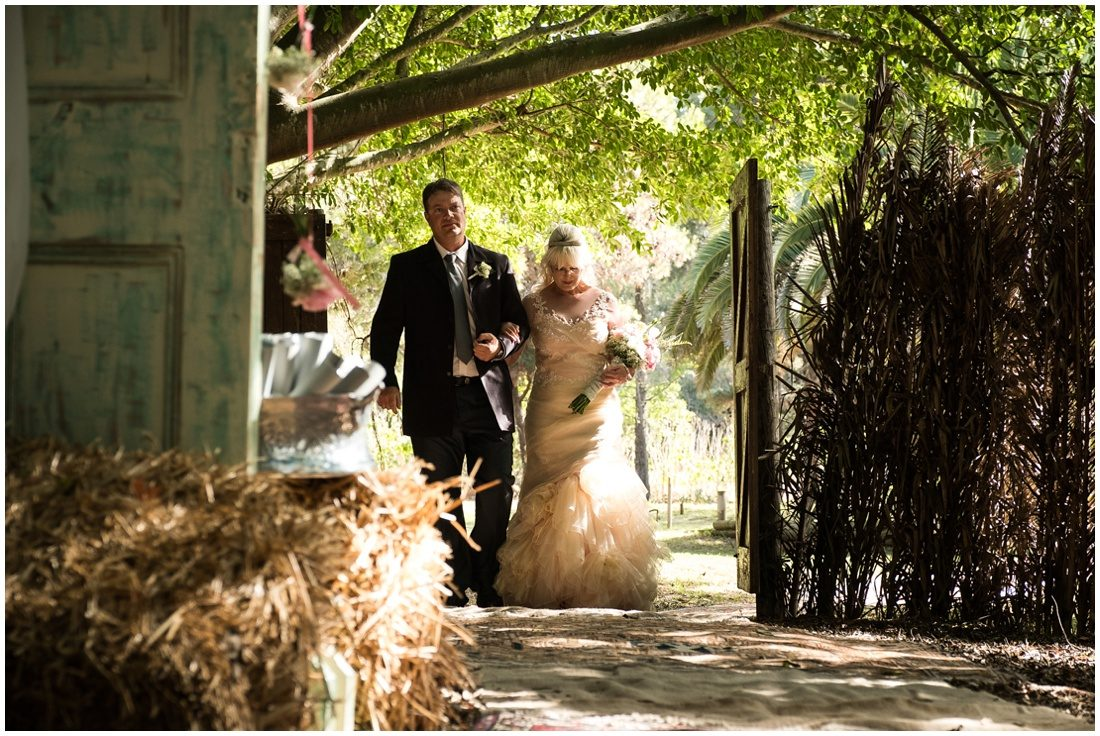 garden-route-wedding-gouritz-valley-evan-and-elmarie-ceremony-3