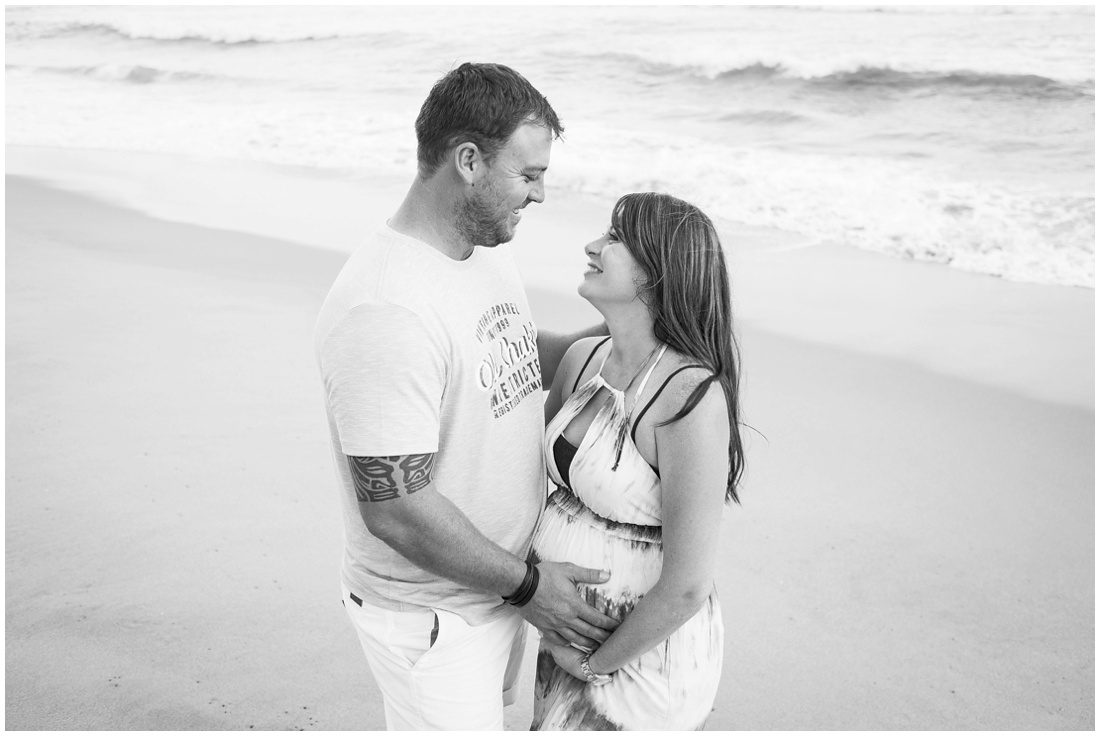 graden-route-dana-bay-beach-maternity-shoot-paton-family-8