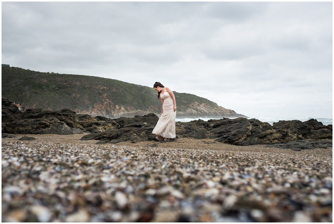 Garden Route-Uitsig Venue-Wedding-Donovan and Marike-Bridal portraits-15