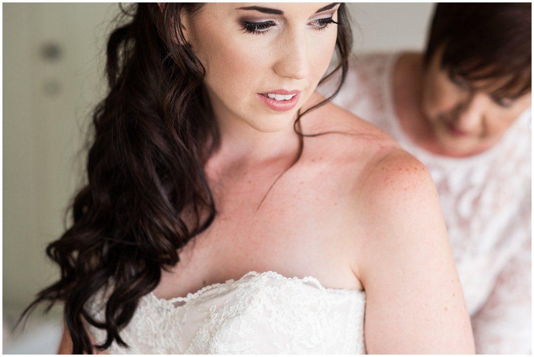 Garden Route-Uitsig Venue-Wedding-Donovan and Marike-Bridal portraits-8
