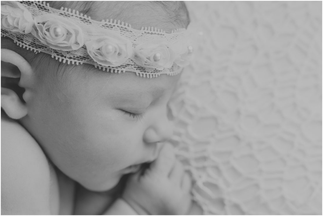 newborn photography mossel bay studio - baby Suzelle_0007