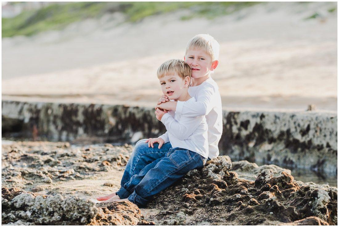 garden route beach portraits joubert family_0004