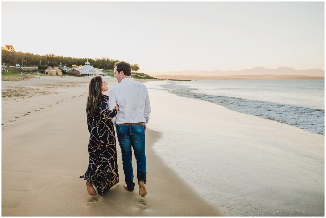 garden route mossel bay beach couple portraits peter and hancke_0006