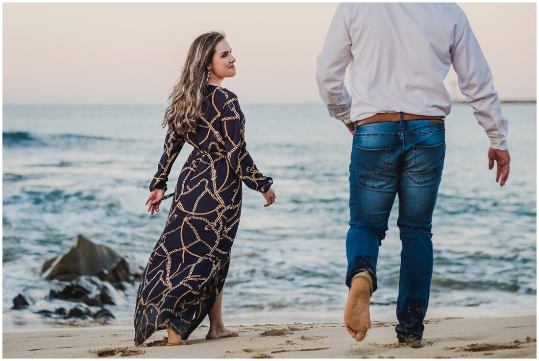 garden route mossel bay beach couple portraits peter and hancke_0008