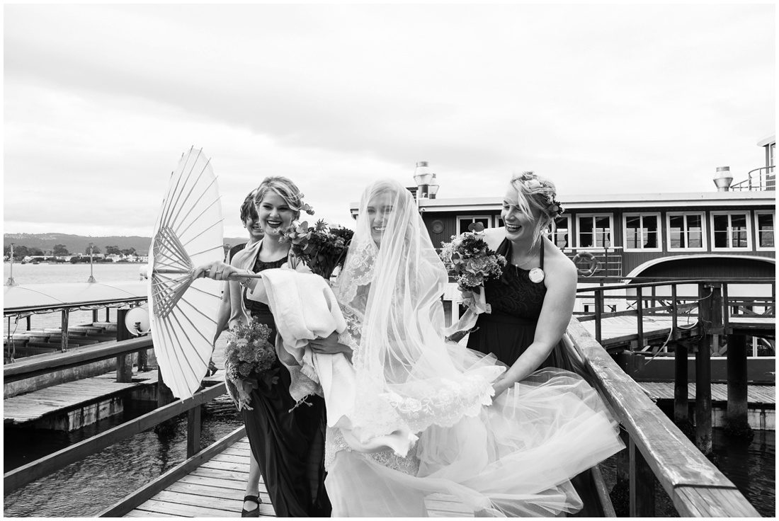 garden-route-knysna-featherbed-wedding-adriaan-and-lukie-bride-18