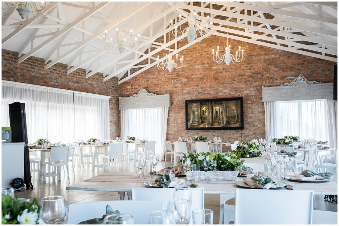 garden-route-mossel-bay-beach-wedding-ian-and-marissa-decor-4
