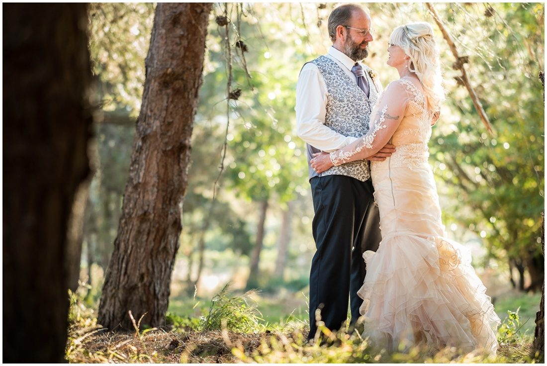 garden-route-wedding-gouritz-valley-evan-and-elmarie-bride-and-groom-2