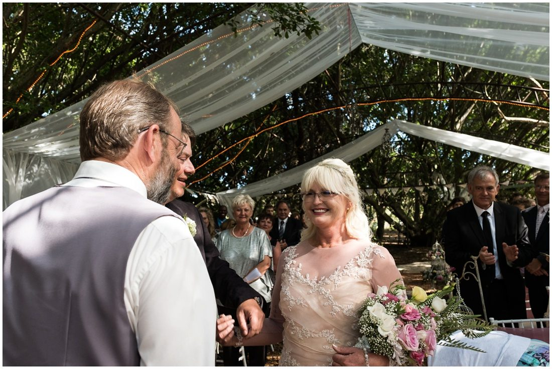 garden-route-wedding-gouritz-valley-evan-and-elmarie-ceremony-5