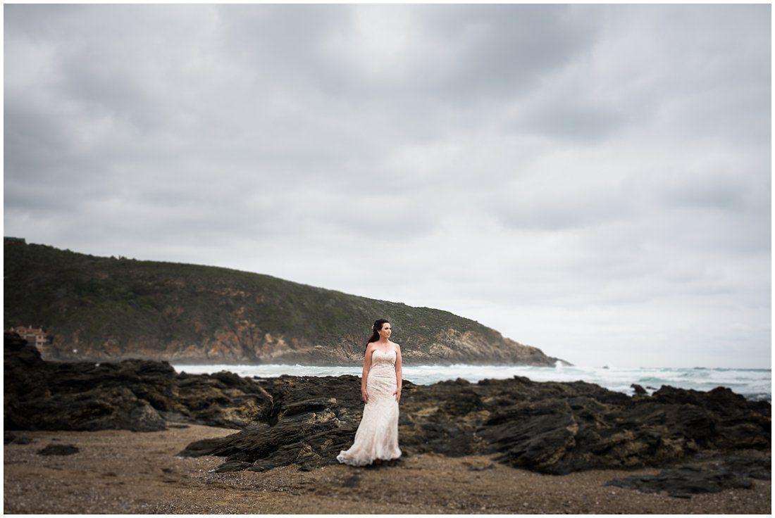 Garden Route-Uitsig Venue-Wedding-Donovan and Marike-Bridal portraits-14