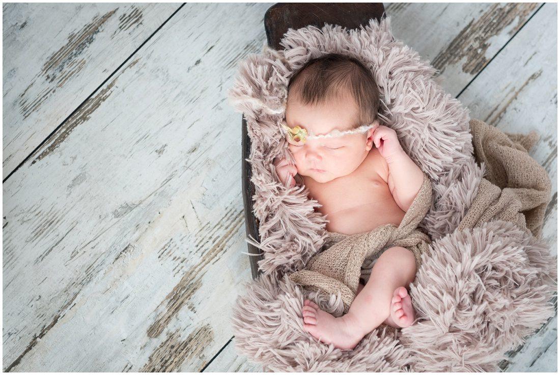 newborn portraits - baby Lia_0001